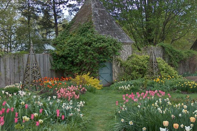 Stonecrop Gardens Garden Directory The Garden Conservancy