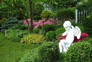 Cupid's Garden—Audrey Linstrom Maihack