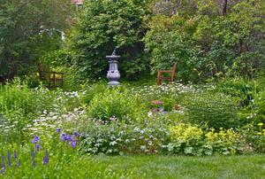 Moffatt-Ladd House & Garden Museum