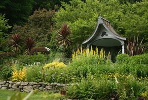 Brush Hill Gardens—Charles Raskob Robinson & Barbara Paul Robinson