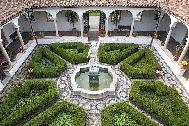 Renaissance Gardens Garden Ftempo