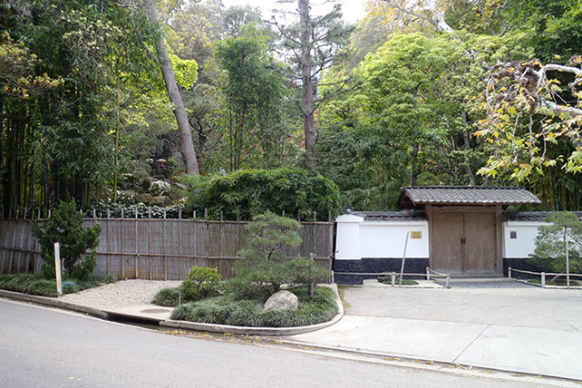 HannahCarterJapaneseGarden-entrance-WEB650x433_P2290851