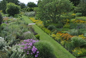 Inspired by Nature: The New Perennial Movement  at Hermannshof Gardens