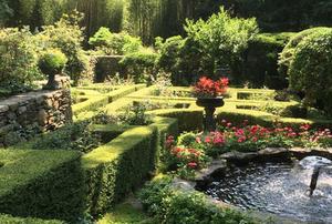 The Blau Gardens