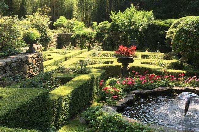 The Blau Gardens : Garden Directory : The Garden Conservancy