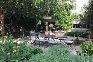 Lombard Simon Garden