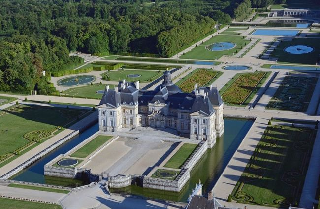 Virtual Program: Vaux-le-Vicomte - France's Best-Kept Secret